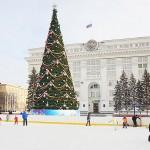 Новогодняя ёлка на площади Советов