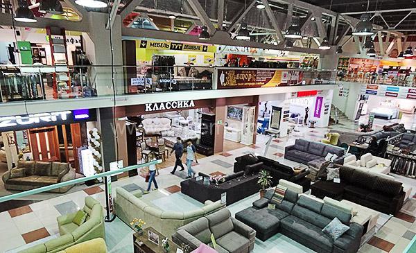 "Торговый центр ""Сити Дом"" в Кемерово, вид внутри"