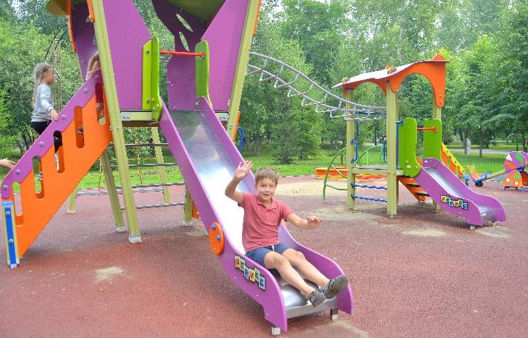 Кемеровчане выбирают, где в следующем году будут установлены детские площадки