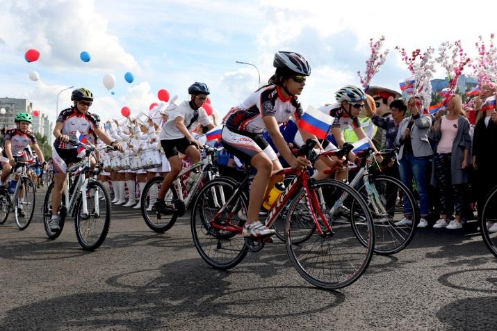 В Кемерове торжественно открыли движение на новой кольцевой развязке