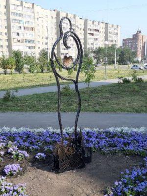В Кемерове появился многозначный символ любви