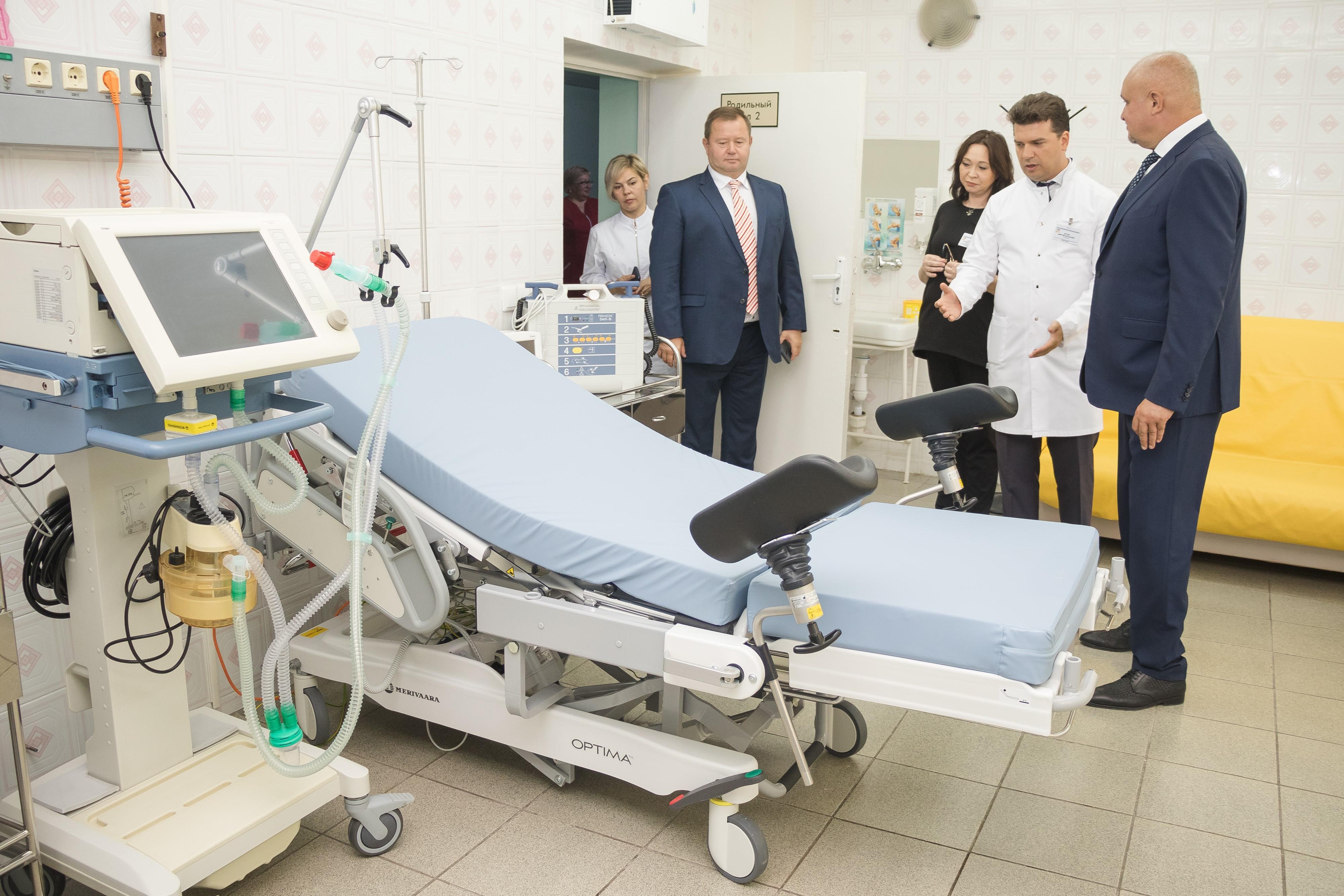 В Кузбассе роженицы смогут получить первые документы малыша не выходя из палаты
