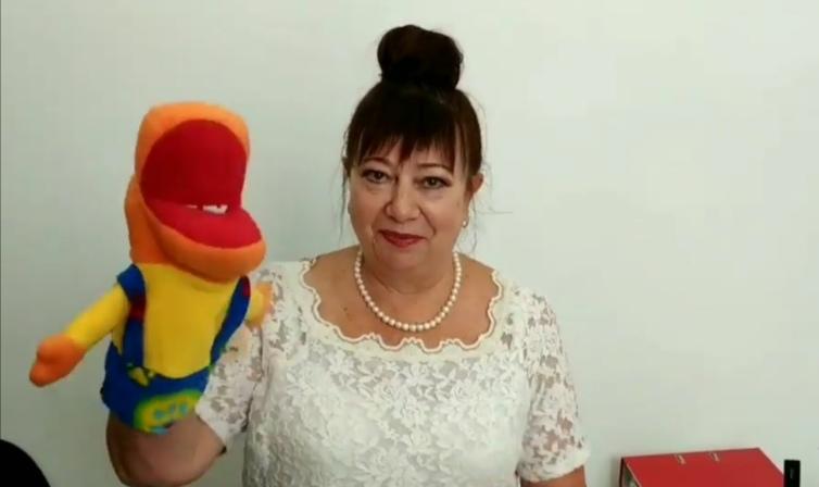 Социальный предприниматель из Кемерова создаёт игрушки-перчатки для особенных детей