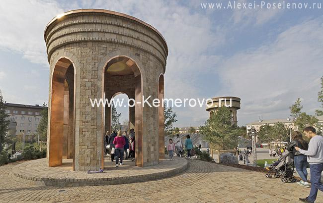 в Парке Ангелов в Кемерово на месте Зимней Вишни