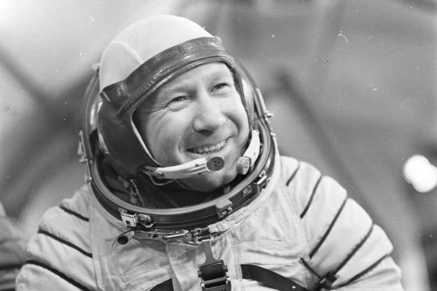 Мир отметил 55-летие первого выхода кузбасского космонавта Алексея Леонова в открытый космос