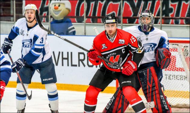 Новокузнецкий хоккеист стал лучшим нападающим ВХЛ