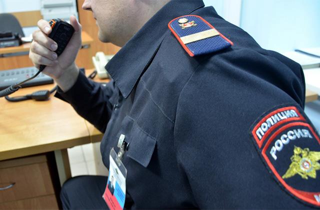 В Кузбассе женщина с игрушечным пистолетом ограбила табачный киоск