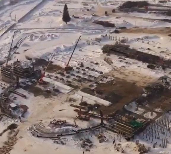 Строительство ледового дворца сняли с высоты на видео