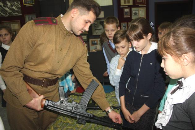 Кемеровский музей накормит школьников блокадным хлебом