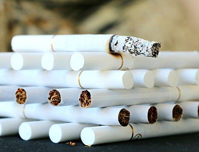 В Прокопьевске бизнесмен хотел выручить за «чёрные» сигареты миллионы