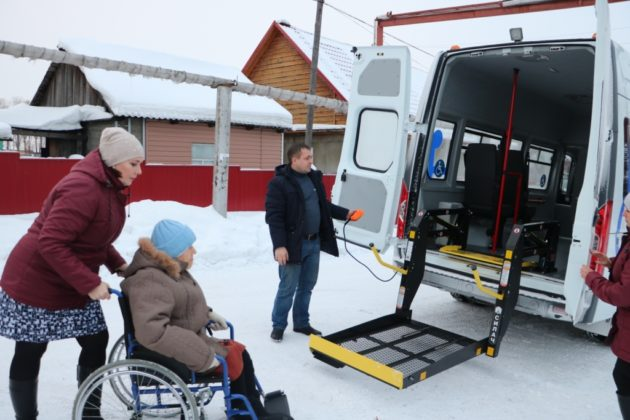 Жителей отдаленных населенных пунктов Кузбасса привозят на медосмотры в райцентры