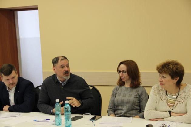 В Кемерове обсудили проект закона о поправках в Конституцию РФ