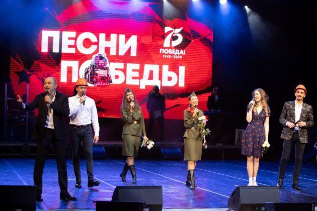 В Кузбассе при поддержке СУЭК проходят концерты Хора Турецкого «Песни Победы»