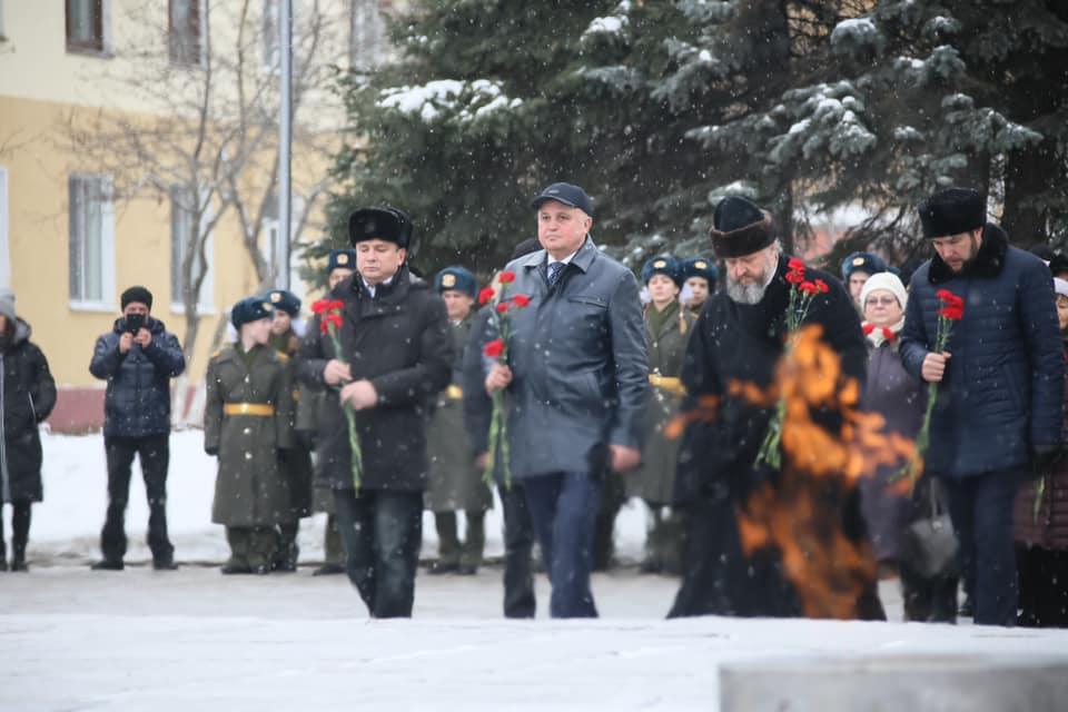 Сергей Цивилев поздравил кузбасских мужчин с 23 февраля