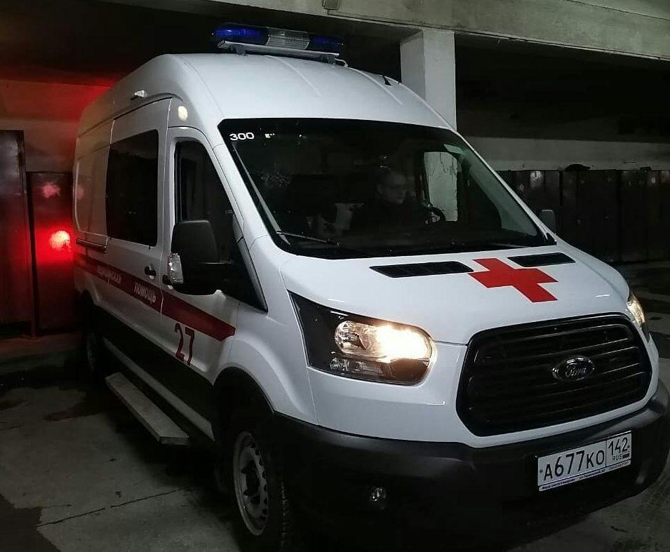 Кузбассовцам показали новые машины скорой помощи