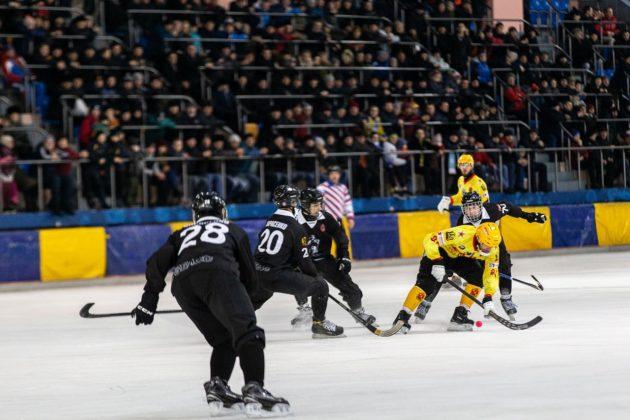 Хоккейный «Кузбасс» проведет матч с «Водником» в Архангельске