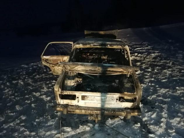 В Юрге местный житель поджег машину, чтобы проучить ее владельца