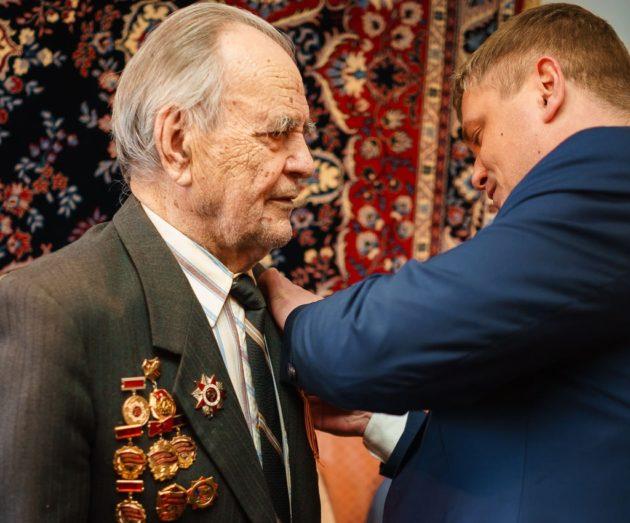 В Юрге начали вручать ветеранам медали в честь юбилея Победы