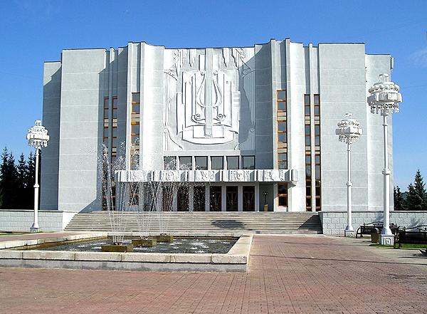 Филармония Кузбасса продолжает работать для своих слушателей онлайн.