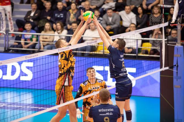 «Кузбасс» проиграл польской «Заксе» в первом четвертьфинальном матче волейбольной Лиги чемпионов
