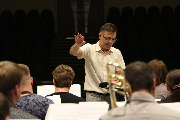 Жители отдаленных поселков Кузбасса смогут посетить концерт камерного оркестра