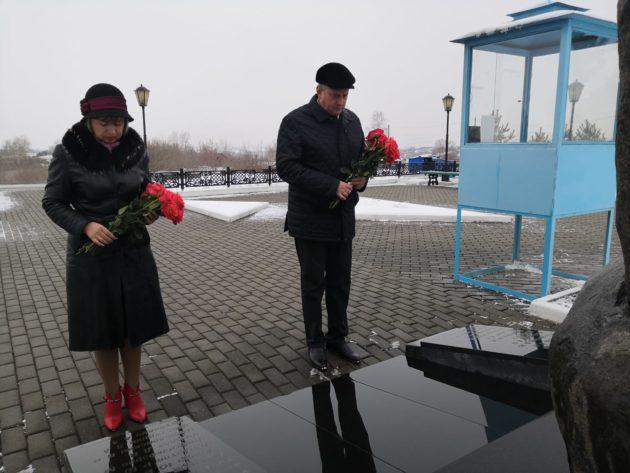 В Осинниках вспоминают жертв страшной трагедии, которая произошла 16 лет назад
