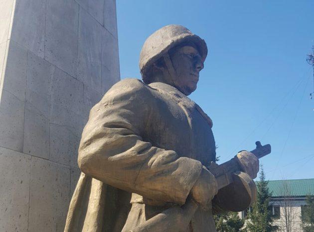В исторической части Прокопьевска приступили к реставрации памятника