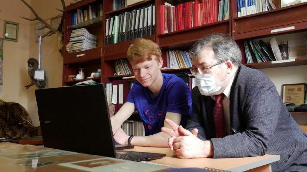 Кузбасские студенты начали помогать педагогам в организации дистанционного обучения