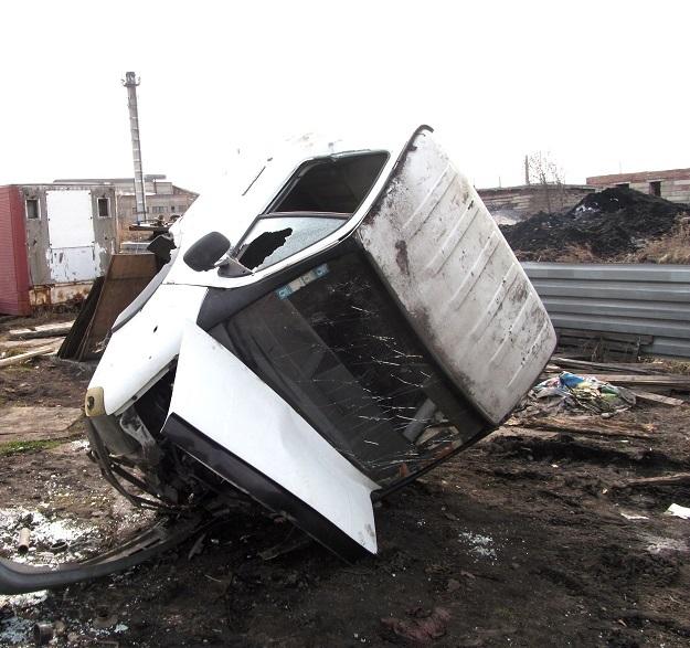 В Киселевске злоумышленники сдали на металл чужой грузовик