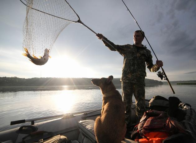 В Кузбассе на два месяца запрещают рыбную ловлю