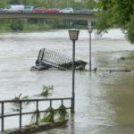 Реки Кузбасса подбираются к опасным уровням