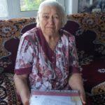 В Ленинск-Кузнецком округе бабушка 11 внуков, 19 правнуков и одного праправнука отметила юбилей