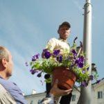 В Междуреченске на уличных фонарях «выросли» цветы