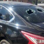 В Белове дебошир топором повредил чужую машину