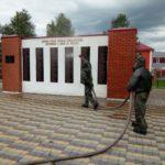 Кузбасские спасатели продезинфицировали свыше сотни парков, мемориалов, остановочных павильонов