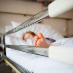 Пять грудничков заболели коронавирусом в Кузбассе