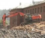 В Мысках снесут школу, в которой рухнула стена