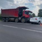 В Кемерове в результате ДТП с грузовиком погиб человек