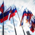 Сергей Цивилев поздравил кузбассовцев сДнем Государственного флага России