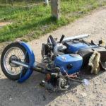В Кемеровском районе подросток без прав и шлема врезался на мотоцикле в КАМАЗ