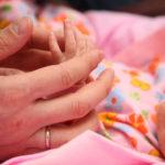 Новорожденную девочку подкинули в кемеровский храм