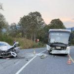 Под Таштаголом автолюбительница врезалась в пассажирский автобус