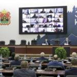 Кузбасские депутаты обсудили модернизацию ЖКХ региона