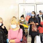 Для уменьшения очередей в поликлиники Кузбасса направили более 800 студентов-медиков