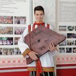 Юный гусляр из Прокопьевска прославился на всю страну
