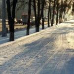 В Кемерове заливают каток на стадионе «Шахтер», а в парках и скверах проложат лыжные трассы