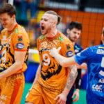 Волейбольный «Кузбасс»: две недели без игровой практики