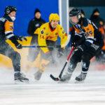 Хоккейный «Кузбасс» на равных соперничал с чемпионом страны
