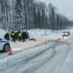 В Кузбассе автобус с пассажирами слетел в кювет: пострадали восемь человек