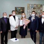 «Единая Россия» и Парламент Кузбасса поблагодарили медиков Кемеровского диагностического центра за их ежедневный труд